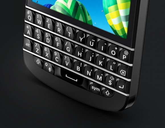 The BlackBerry Q10 Is Set to Launch This Summer On US Carriers