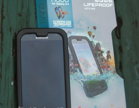 Review: LifeProof Nuud Case For The Galaxy S4 (Video)