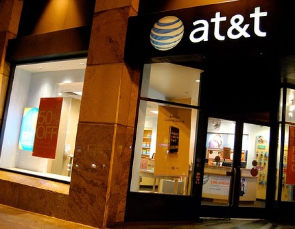 AT&T Goes On The Offensive By Offering Former T-Mobile Customers A Credit Of Up To $450