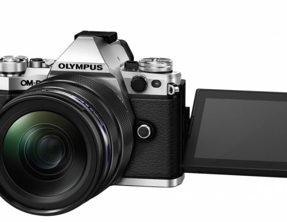 Meet The New Olympus OM-D E-M5 Mark II: Offering Better Video Capture + 40MP Photos (Video)
