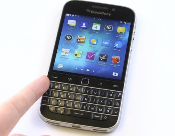 The Blackberry Classic Arrives To Verizon On February 26th