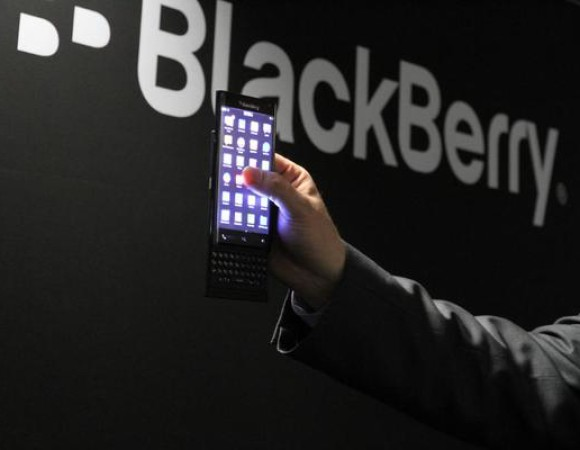 Is This Our 1st Look At Blackberry's Android Slider?