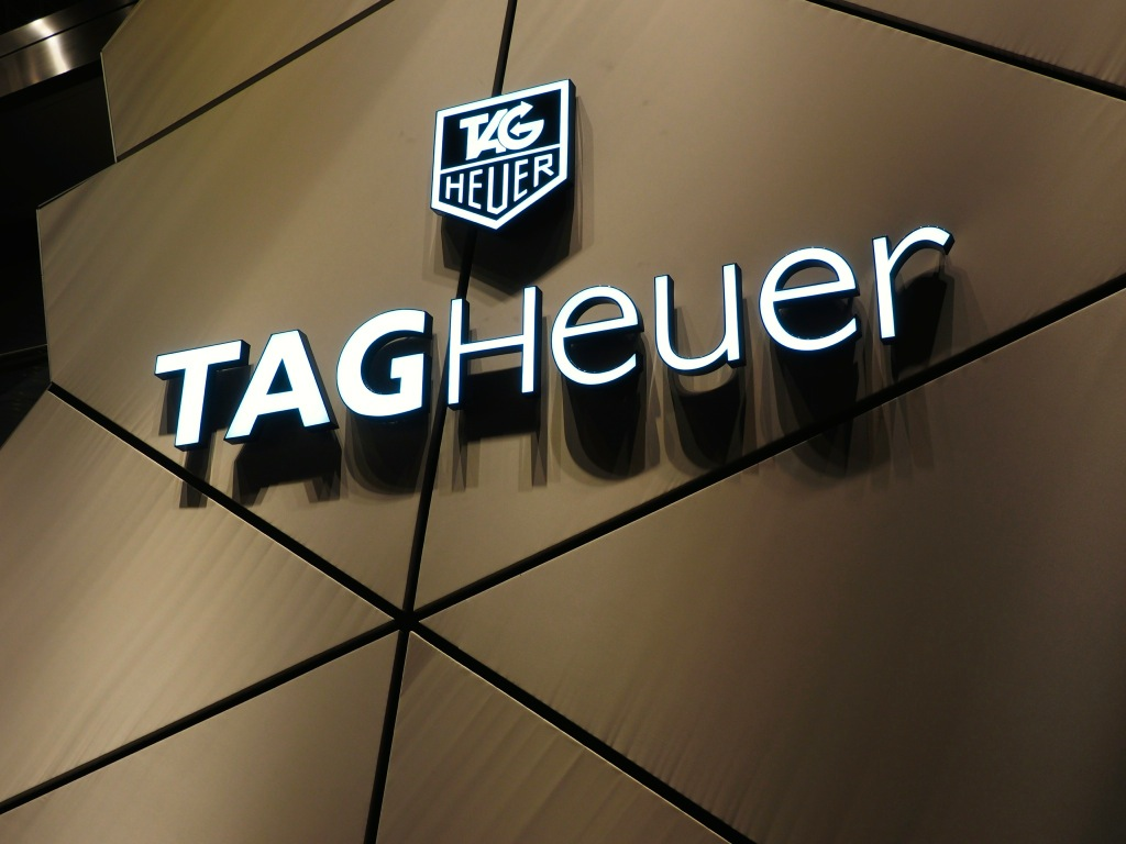 Tag Heuer To Be The 1st Luxury Watch To Support Android ...