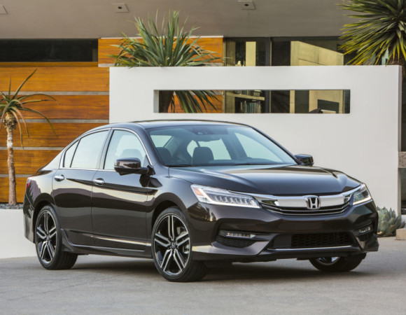 Honda Brings Android Auto & CarPlay To The 2016 Accord