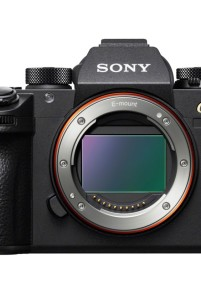 Sony Unveils A Monster Of Mirrorless Full-Frame Cameras w/ The A9